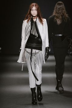 Favorites: Highlights From Paris Fashion Week Fall 2015. Ann Demeulemeester.