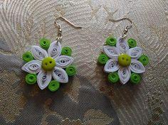 Orecchini quilling pendenti fiore verdi