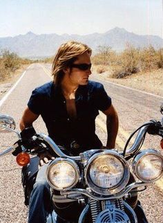 Keith Urban.  Nicole is so lucky!  I hope she is his bitch on the back whenever possible.