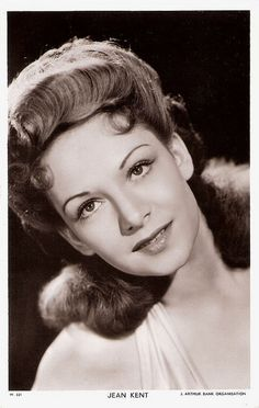 """""""Jean Kent (1921) is a strawberry-blonde British actress who played spiteful hussies or femmes fetales in British films of the 1940s and 1950s."""" #vintage #1940s #movies #actress #hair #portrait"""