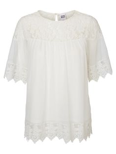 White lace top from VERO MODA. Perfect for summer!