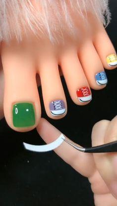 Nail Art Designs Videos, Nail Art Videos, Toe Nail Designs, Stylish Nails, Trendy Nails, Diy Nails, Swag Nails, Line Nail Art, Lines On Nails