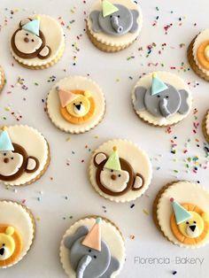 Fondant, Mini Cupcakes, Biscotti, Safari, Berries, Lily, Cookies, Birthday, Party