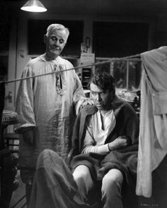 Still of James Stewart and Henry Travers in It's a Wonderful Life (1946)