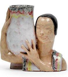 Dina Kuhn (Wien 1891-1963 Schlierbach), Vase tragende Büste,  Entwurf um 1925/30, Ausführung Bimini Werkstätten, Wien, Keramik, farbig staffiert, innen mit Pressmarke, Höhe 15,5 cm, Porcelain Clay, Vase, Pottery Art, Glass Art, Designers, Ceramics, Artists, Female, Vintage