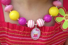 Chunky Bubblegum Necklace Kitty Wink Hot Pink by YummyBaubles