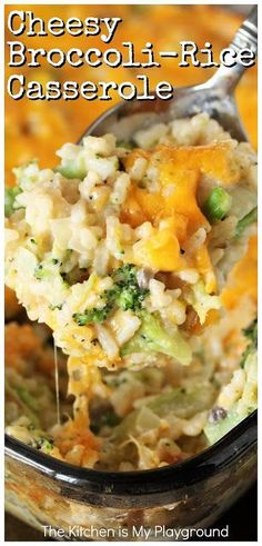 Cheesy Broccoli-Rice Casserole A perfectly tasty side dish for Easter Thanksgiving Christmas or everyday dinner Classic creamy cheesy comfort food at its best Rice Side Dishes, Vegetable Side Dishes, Food Dishes, Main Dishes, Vegetable Dishes For Christmas, Broccoli Side Dishes, Easter Side Dishes, Side Dish Recipes, Veggie Recipes