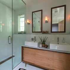 Mid Century Bathroom Design Ideas, Remodels & Photos