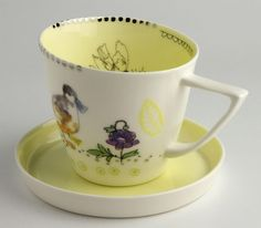 Lowri Davies, Welsh potter    Cwpan a Soser / Cup and Saucer