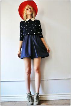 collar and polka dots