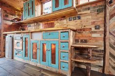 Helga -- A horse box converted into a traveling house truck tiny house. Built and shared by House-Bo Tiny House Swoon, Tiny House Living, Tiny House On Wheels, Small Room Design, Tiny House Design, Little Cabin, Little Houses, Beautiful Kitchens, Beautiful Homes