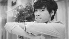 No one likes a grumpypants — unless that grumpypants is Lee Jong Suk