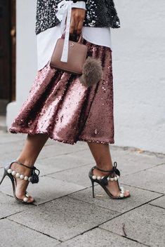 ideas for skirt sequin outfit heels Fashion Looks, Love Fashion, Womens Fashion, Fashion Trends, Fall Fashion, Cool Outfits, Rosa Blazer, Rosa Rock, Fashion Clothes