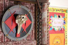 Portes dels Vikings i dels Inques. Escola El Far d'Empordà. Curs 2018-19. Frame, Home Decor, Classroom, Puertas, Picture Frame, Decoration Home, Room Decor, Frames, Home Interior Design