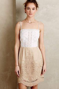 Contrast bodice eyelet lace dress