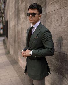 "MEN'S FASHION & STYLE on Instagram: ""Yes or No? Follow @bestofmenstyle for more - 📸 by @richyskr"" Designer Belts, Bvlgari Bags, Celine Bag, Prada Bag, Replica Handbags, Images Gif, Mens Suits, Shop Now, Dior"