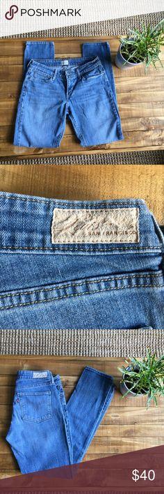 **Levi's Demi Curve Skinny Jeans** Levi's Demi Curve Skinny Jeans Size: 4/27  Great Condition Levi's Jeans Skinny