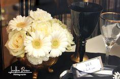 Centre de table floral  Inspiration art déco Show room 1001 listes By cerise sur l'anneau wedding planner
