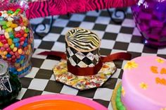 #DIY Mad Hatter party hat!