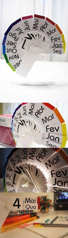 """Calendar and packaging made for  """"Materials and Processes"""" in the school of design, based on the characteristics of the Bauhaus School.    Project created and run by: Mariana Pedrosa, Raphael Maia and Vanessa Medeiros. Calendário e embalagem feitos para a disciplina de """"Materiais e Processos"""", baseado nas características da escola Bauhaus.   Projeto criado e executado por: Mariana Pedrosa, Raphael Maia e Vanessa Medeiros."""