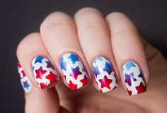 Nail art fashion is like a hit movie that does not go down the top charts. This is so true all across the globe because people search for new and latest pattern