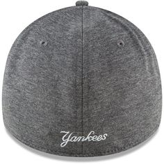 Men s New York Yankees New Era Graphite 2018 Clubhouse Collection Classic  39THIRTY Flex Hat 4bb9e7eda703