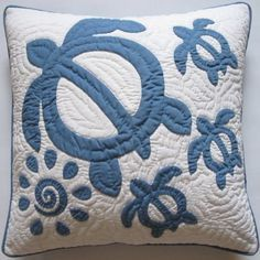 Hawaiian Quilt Honu Pillow.. I've always wanted to try making a Hawaiian quilt and turtles would be great fun!