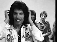 """Part 3 of the BBC Radio 1 interview with Queen from ------------------------------------ """"Freddie Mercury"""" """"Roger Taylor"""" """"Brian May"""" """"John Deacon"""" """"Bo. Queen Ii, I Am A Queen, Freddie Mercury, Great Bands, Cool Bands, Queen Videos, Queen Aesthetic, Best Rock Bands, Somebody To Love"""