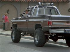 Fallguy Truck