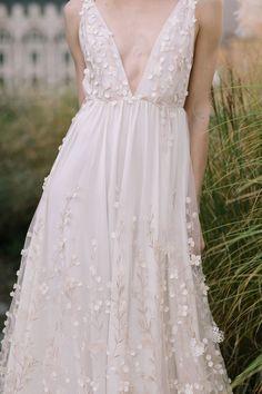 Alexandra Grecco Fall 2017 Bridal Fashion Week Presentation » The Bridal Theory
