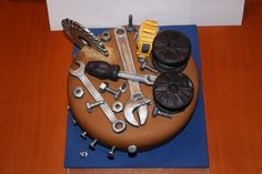 tools - fondant cake