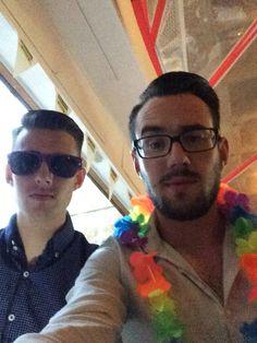 Hawaiian bar with the bro