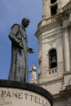 Catania, Piazza San Francesco d'Assisi, Chiesa di San Francesco d'Assisi, Denkmal für den seligen Kardinal Dusmet (Monument to the blesses Cardinal Dusmet) | Flickr - Photo Sharing!