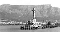 Since Thursdays call for a throwback, we thought we'd look into the past of the Mother City, and all the memorable places that have come and gone but still hold precious memories for many. Old Pictures, Old Photos, Come And Go, Historical Pictures, African History, Cape Town, Cn Tower, Statue Of Liberty, South Africa