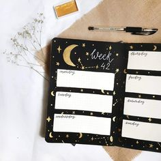 Image about stars in bullet journal by Flaming Phoenix Bullet Journal Halloween, Bullet Journal October, Bullet Journal Weekly Layout, Bullet Journal Monthly Spread, Bullet Journal Font, Bullet Journal Ideas Pages, Bullet Journal Inspiration, Bullet Journals, Bullet Journal Decoration