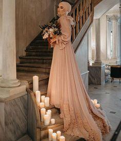 Muslim Gown, Muslim Wedding Gown, Hijabi Wedding, Hijab Wedding Dresses, Disney Wedding Dresses, Hijab Bride, Dream Wedding Dresses, Wedding Gowns, Modest Dresses