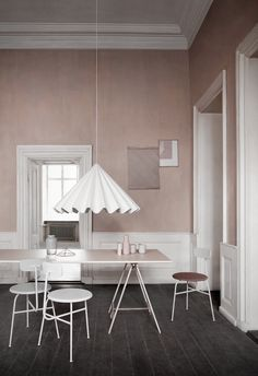 blush l grey l white