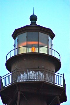 The lighthouse on Sanibel Island. by janette Lighthouse Lighting, Lighthouse Photos, Old Florida, Florida Beaches, Sanibel Florida, Florida Style, Captiva Island, Fort Myers Beach, Beacon Of Light