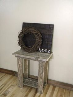 Rustic Pallet End Table | 101 Pallets