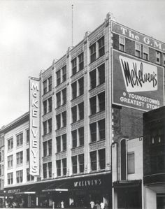 Here's another vintage throw back to the days when downtown Youngstown had lots of shopping and great department stores! Anyone remember McKelvey's? (Photo courtesy of the Mahoning Valley Historical Society) #youngstown #ohio #shopping