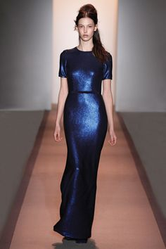 Peter Som Fall 2011. Chic+Ease+Gorgeous Navy Blue-- perfect for APP's Red White and Blue Gala