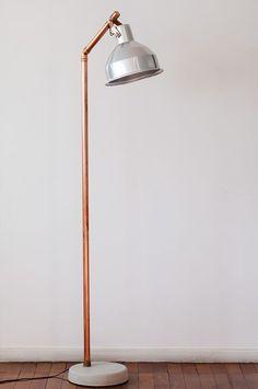 pipe lamp home depot Copper Floor Lamp, Diy Floor Lamp, Industrial Floor Lamps, Copper Lamps, Copper Diy, Copper Decor, Pipe Lighting, Lighting Design, Lighting Ideas