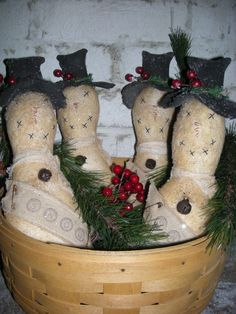 Primitive Snowman | These bowl fillers turn out so cute! They will measure about 10 1/2 ...
