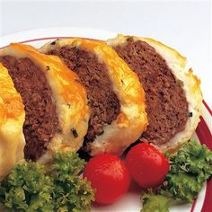 Baked Alaska Meat Loaf Ingredients 1 package McCormick® Brown Gravy Mix 1 pounds ground beef 2 teaspoons McCormick® Onions, M. Meatloaf Recipes, Meat Recipes, Baking Recipes, Recipies, Yummy Recipes, Dinner Recipes, Cooking Meatloaf, Budget Recipes, Gourmet Recipes