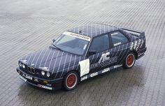 AC Schnitzer – 30 лет инноваций из автоспорта  Вот уже на протяжении 30 лет базирующееся в Ахене тюнинг-ателье AC Schnitzer предлагает владельцам BMW, Mini и Land Rover доступ к новейшим технологическим разработкам из мира автоспорта.  Ищи подробности на #BMWGuide: https://bmwguide.ru/ac-schnitzer-30-yea