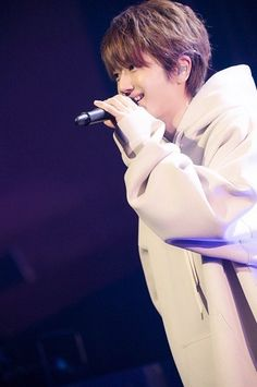 Listen to every Nissy track @ Iomoio Hot Boys, Photo Book, Short Hair Styles, Singer, Japanese, Actors, Guys, Concert, Track