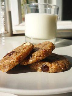 Hrozienkové cookies s morušou zdroj: www.najimseazhubnu.cz