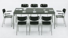 """Ferdinand Kramer, """"Eron""""-chairs and office table of the kd-programme for the Goethe-university, ca. 1959/60."""