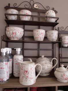 GreenGate stoneware Sophie Vintage mixed with Luise Warm Grey