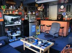 DIY ideas on how to turn your garage into the ultimate man cave. Man Cave Garage, Man Cave Desk, Garage Game Rooms, Man Cave Shed, Man Cave Home Bar, Garage Bar, Garage Man Cave Ideas On A Budget, Garage Office, Garage Ideas
